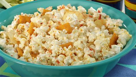 Zesty Buffalo Wing Popcorn Snack Mix Recipe