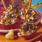 Caramel Popcorn Party Pops